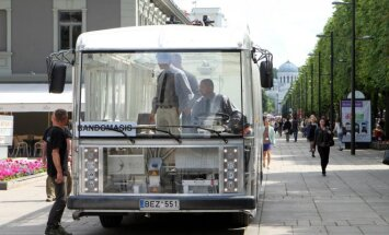 "Permatomas elektrinis troleibusas-autobusas ""Dancer"""