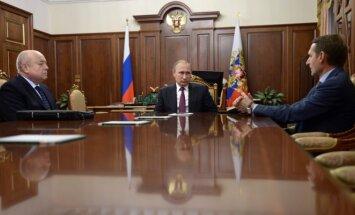 V. Putinas priėmė S. Naryškiną ir M. Fradkovą