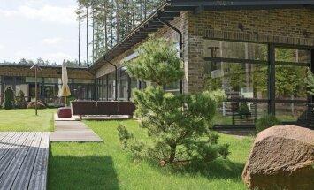 Aplinka Vilniaus priemiestyje: stilių padiktavo miškas