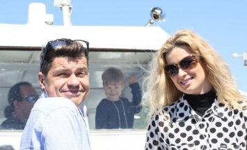 Deivis Norvilas su žmona Renata ir sūneliu Emiliu