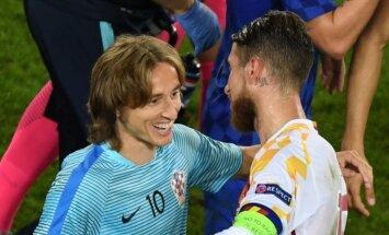 Luka Modričius ir Sergio Ramosas