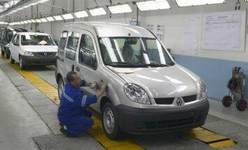 Renault gamykla