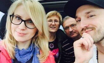 Donatas ir Dainė Baumilos su tėvais