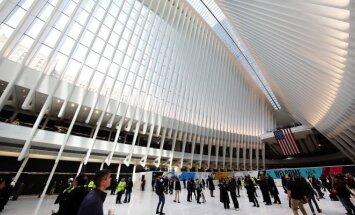 Niujorke duris atvėrė brangiausia pasaulyje geležinkelio stotis