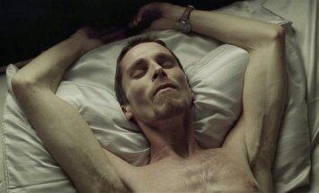 Kadras iš filmo Mašinistas, Christian Bale
