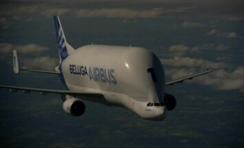 """""""Airbus Beluga"""" - lėktuvas, skraidinantis lėktuvų dalis"""