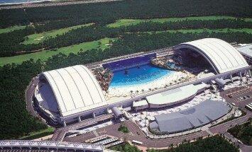"""""""Seagaia Ocean Dome"""" - didžiausias pasaulio dirbtinis paplūdimys"""