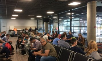 Kauno oro uoste įstrigę keleiviai