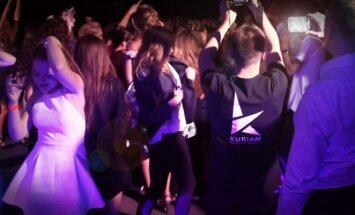 Dancing youth