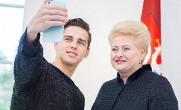 Donatas Montvydas, Dalia Grybauskaitė