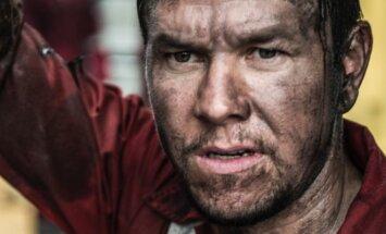 Markas Wahlbergas, kadras iš filmo Liepsnojantis horizontas