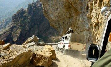 Pavojingas kalnų kelias Indijoje