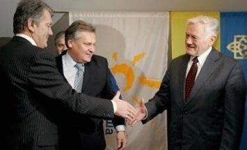 V.Juščenko, A.Kwasniewskis, V.Adamkus