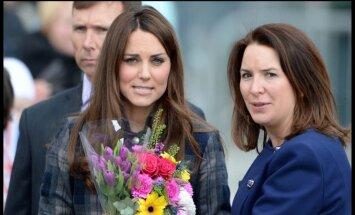 Kate Middleton ir Rebecca Deacon
