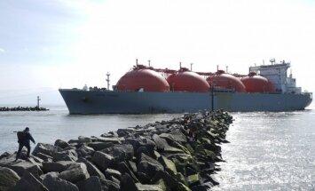 Į Klaipėda atplaukė SGD laivas