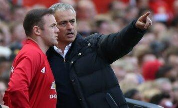 Wayne'as Rooney ir Jose Mourinho