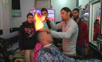 Degus skystis, liepsna ir dvejos šukos - viskas, ko reikia kirpėjui iš Gazos