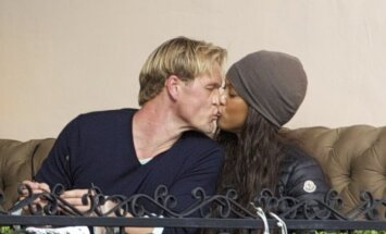 Tyra Banks ir Erikas Asla