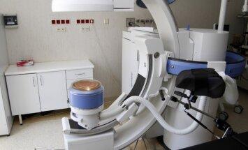 Kauno klinikose pristatytas akmenų skaldymo aparatas