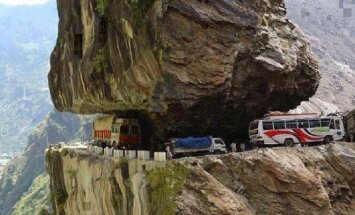 L. Čeikaus kelionė motociklu per Himalajus