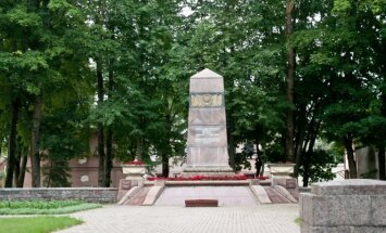Memorial for Soviet soldiers in Palanga