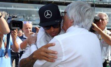 Lewisas Hamiltonas ir Bernie Ecclestone