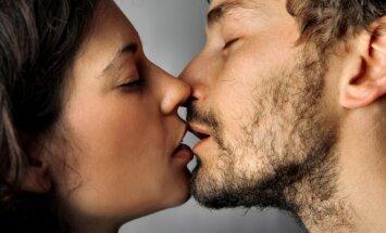 Sekso nauda ir įvairovė: kada geriausia mylėtis ir kokių prietarų laikosi tautos