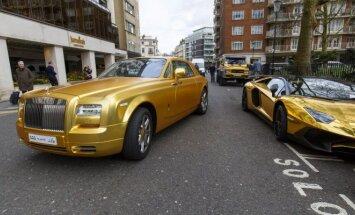 Sauditų auksiniai automobiliai Londone