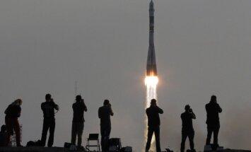 Trys astronautai pakilo į TKS