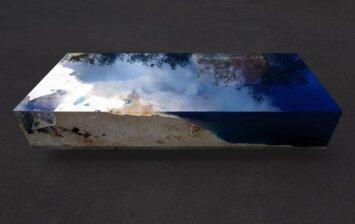"""<span style=""""color: #ff7f00;"""">Darau pats:</span> stalas, kuriame susilieja jūra ir dangus"""