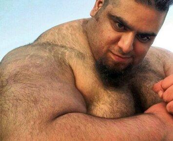 """ISIS turėtų išsigąsti: """"persų Hulkas"""" išeina į karo taką"""