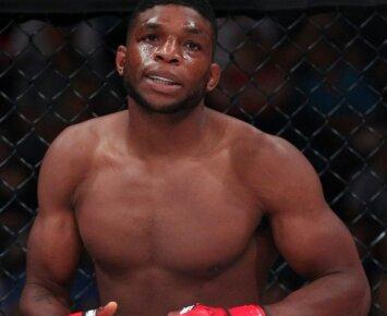 Košmariškas nokautas: po tokių smūgių gali kilti noras pamiršti MMA (VIDEO)