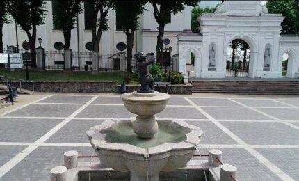 Fontanas Kazimierui Simonavičiui