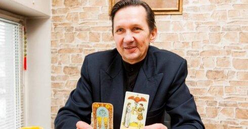 Tarologas L. Malinauskas atskleidžia, ant kurio piršto nešioti žiedą, kai nori sulaukti turtų ir meilės
