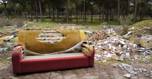 """Didžiųjų atliekų """"kelias"""": kur atsiduria nebereikalingi buities rakandai?"""
