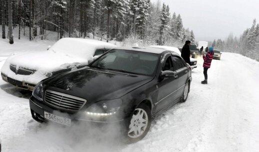 Suomių žiniasklaida: pabėgėlių perkėlimą kruopščiai organizuoja Rusijos FST