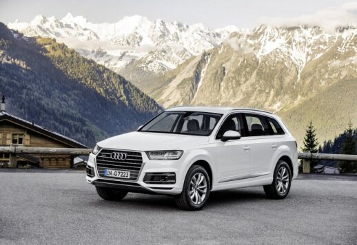 """""""Audi Q7"""""""