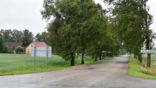 Pavojus Raseinių rajone: gyventojus suglumino neįprasto turinio skelbimai