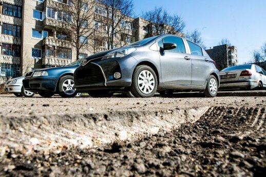 Pavasarį vairuotojus kamuojanti bėda: išduoti gali trys signalai
