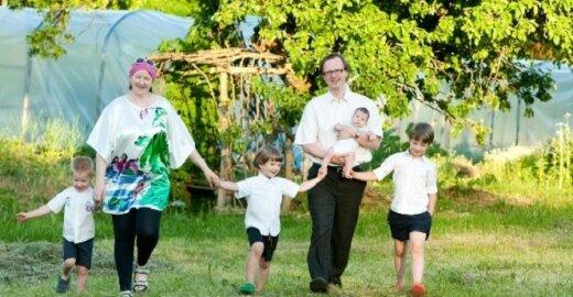 Birutės Iljin šeima Gervinių kaime, kur vyks Ekodaiktų festivalis