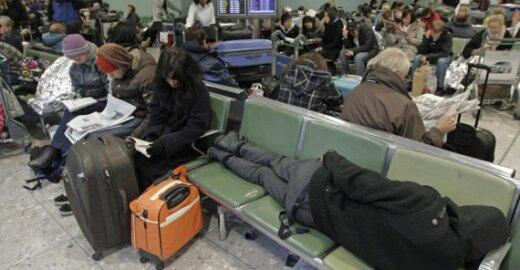 """EK oro uostams liepia """"surimtėti"""" arba žada didesnę kontrolę"""