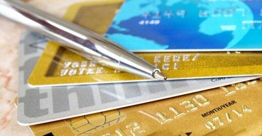 Patvirtintas planas sumažinti mokėjimo kortelių mokesčius