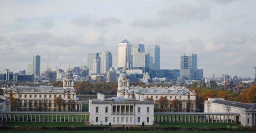 V. Reding papasakojo, kas laukia Londono Sičio, jei D. Britanija išstos iš ES