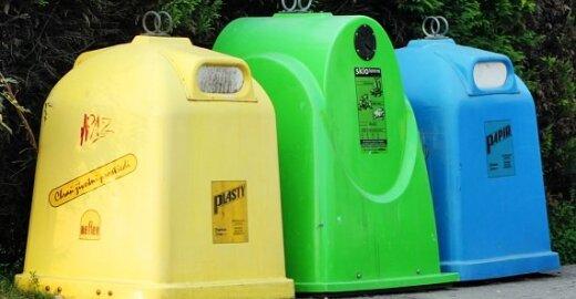 Griežtinama kontrolė prekiautojams atliekomis
