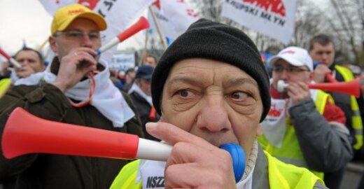 EP narys organizuoja protestą Dubline ir ragina protestuoti visus europiečius