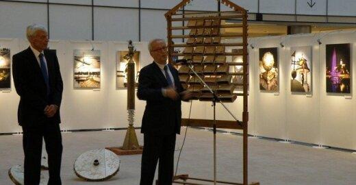 """Justas Vincas Paleckis antradienį atidarė parodą apie Žemaitiją """"Meno ženklai Žemaitijos sostinėje"""""""