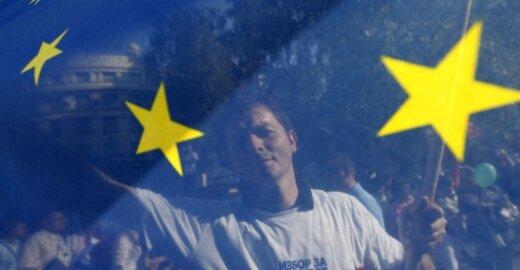 Bando atsigauti po ES sudrebinusių rinkimų