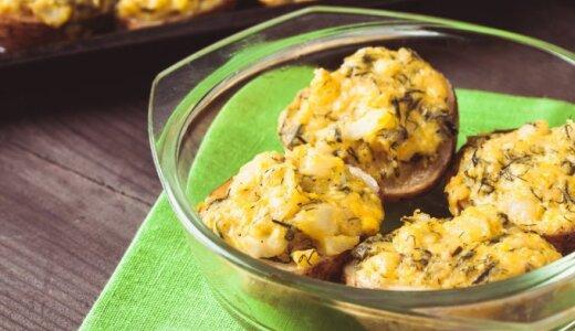 Keptos, įdarytos bulvių puselės