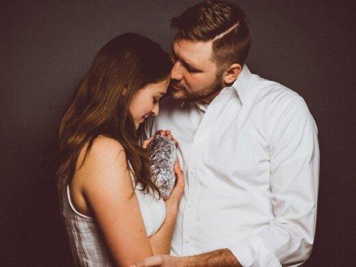 Svajonių pora padarė nuostabią fotosesiją su kūdikiu. Pamatykite ir įsitikinkite patys.