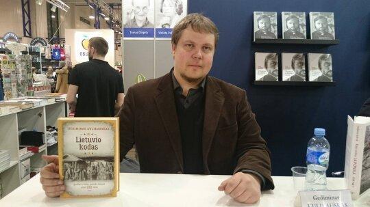 """Knygos """"Lietuvio kodas"""" autorius: aš mėgstu lietuvius, kad ir kaip paradoksalu atrodytų"""